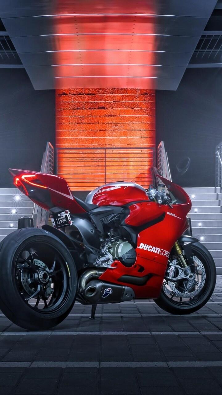 ducati-1199-red.jpg