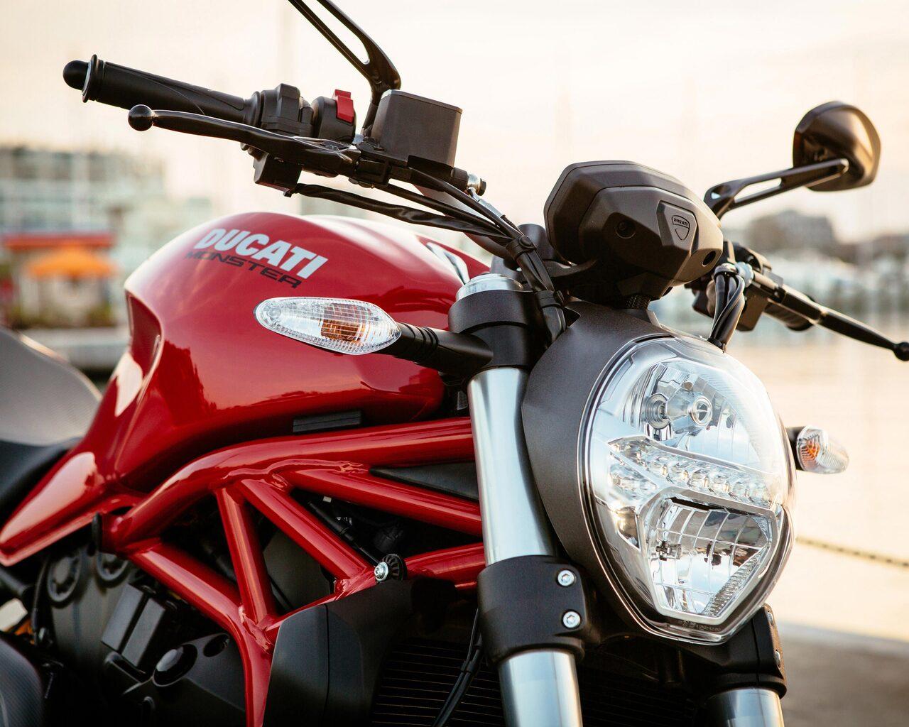 Ducati Monster 821 2017 Side View Yt