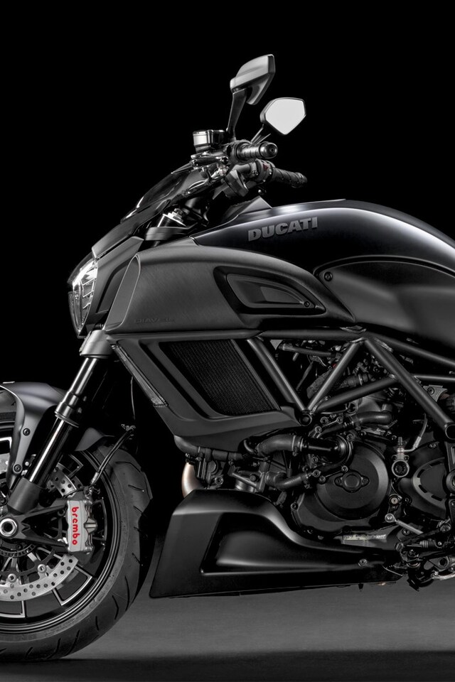 ducati-motorcycle-4k.jpg