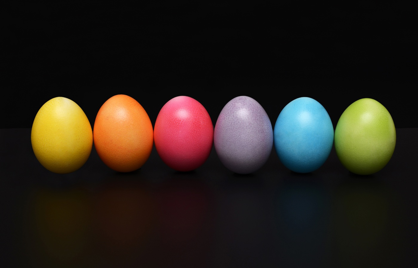 easter-eggs-colorful-em.jpg