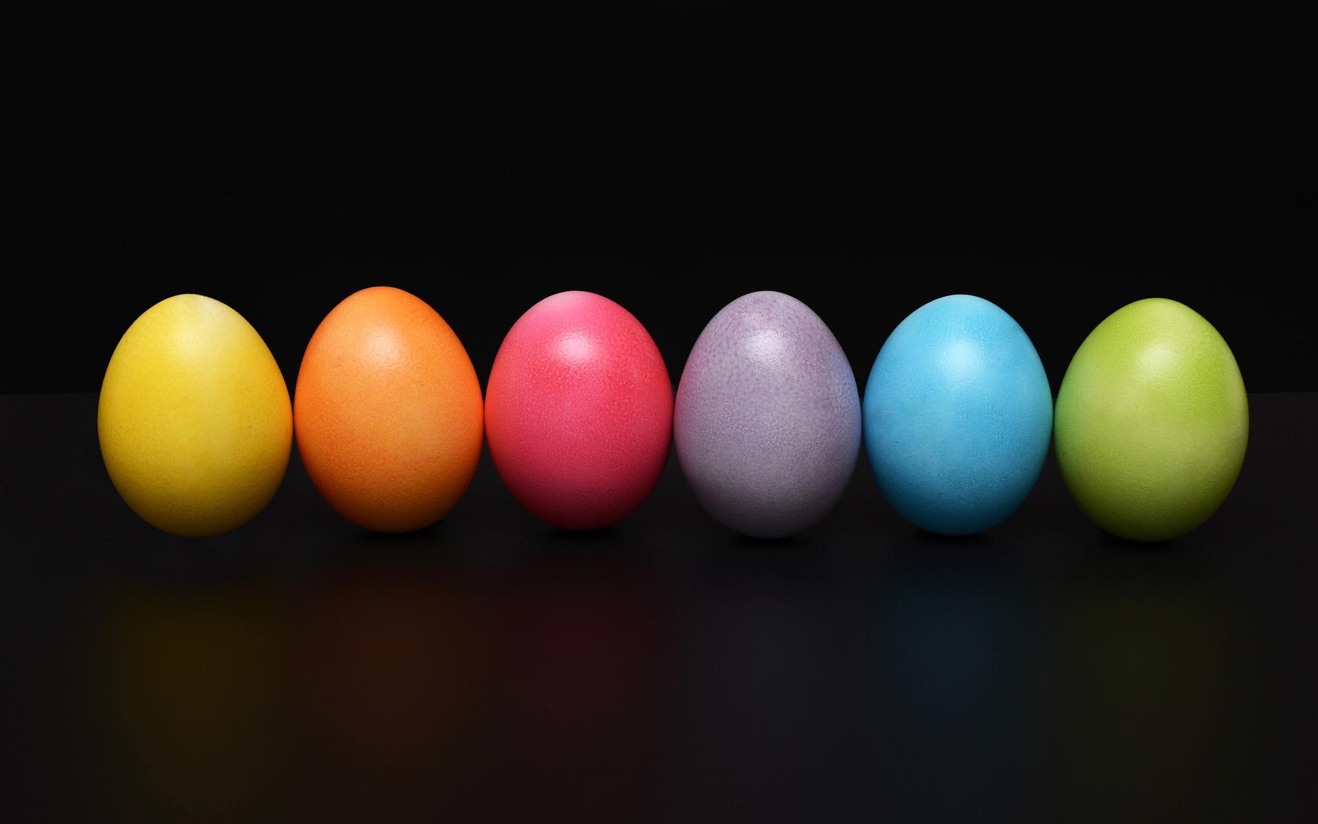 easter-eggs-colorful-em.jpg