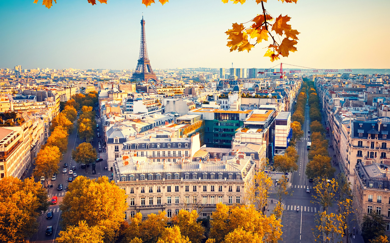 1280x800 Eiffel Tower Paris City Autumn 4k 5k 720p Hd 4k Wallpapers Images Backgrounds Photos And Pictures