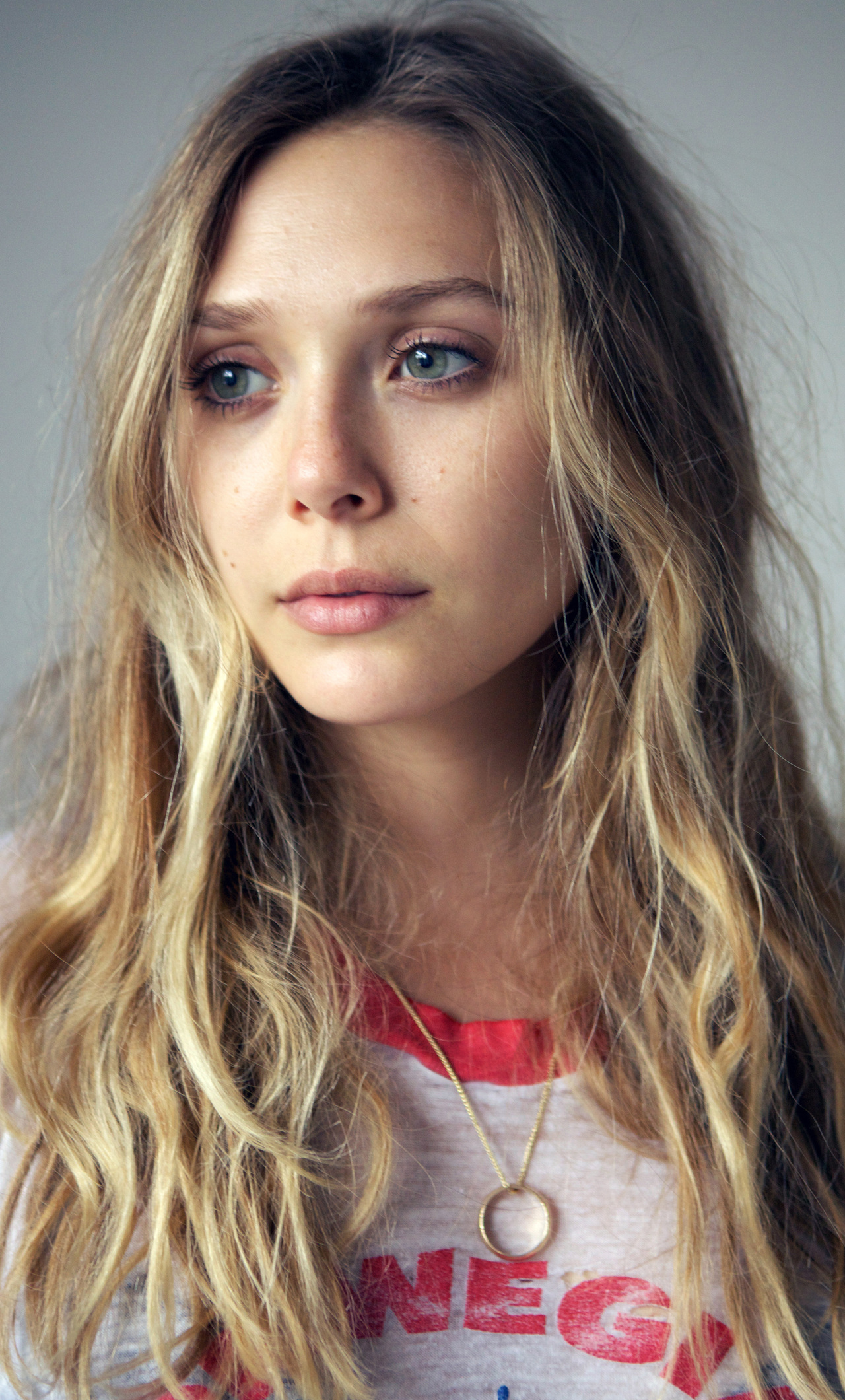 Elizabeth Olsen Closeup 0z