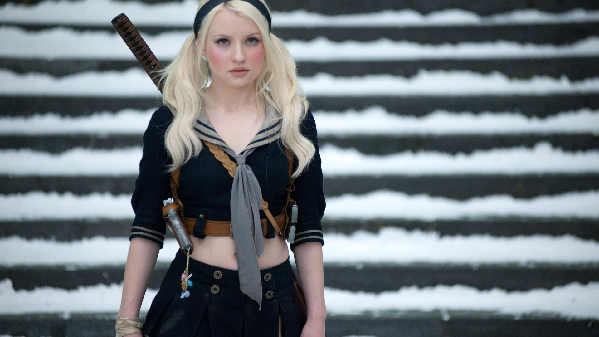 Picture of Emily Browning   Emily browning, Girl guns