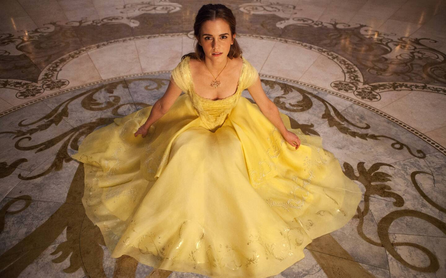 emma-watson-in-beauty-and-the-beast-5k-new.jpg