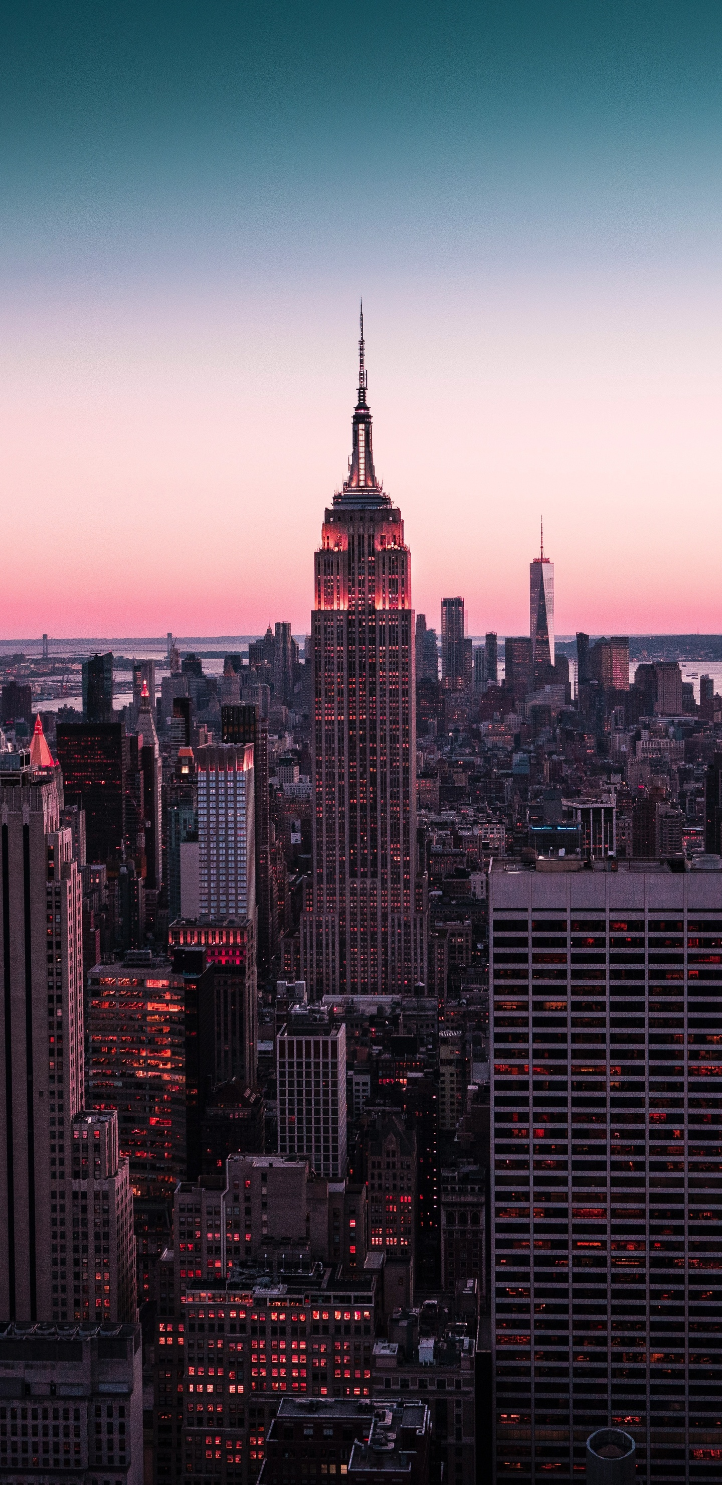 empire-state-building-new-york-8k-s9.jpg