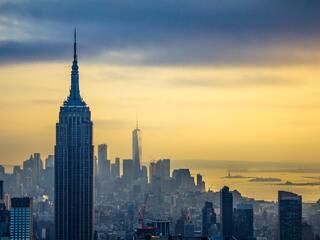 empire-state-building-skycrapper-in-new-york-8m.jpg
