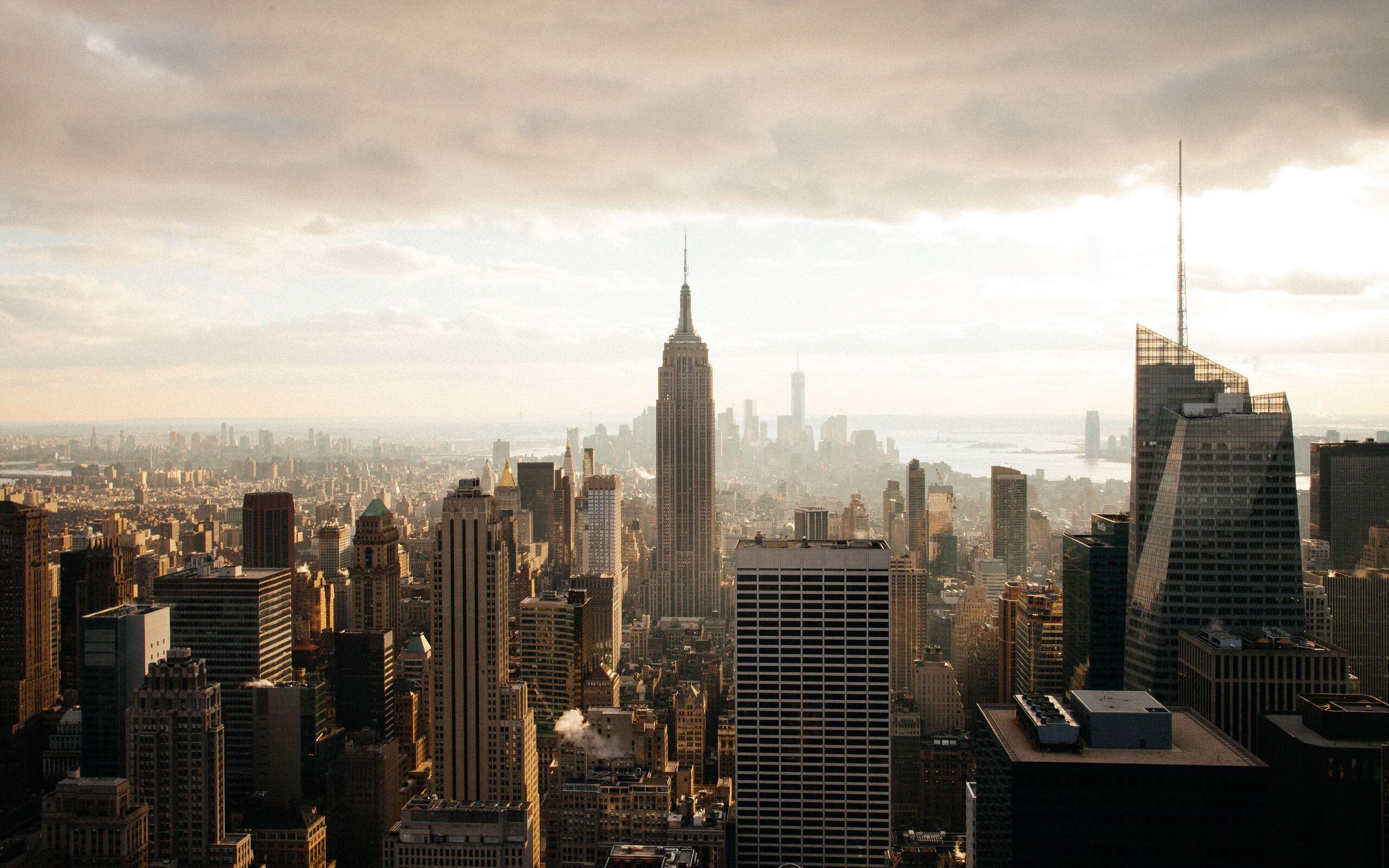 empire-state-building-skyscraper-7v.jpg