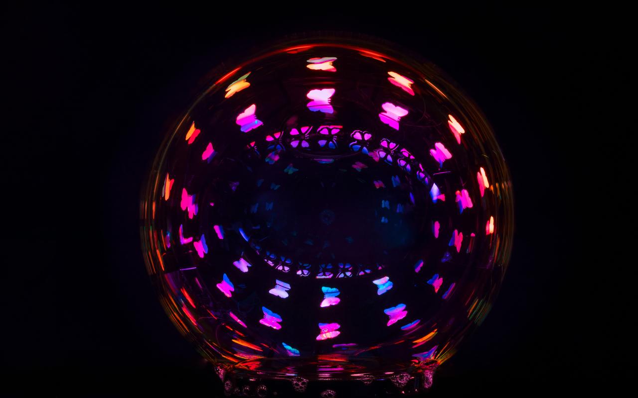 encircled-abstract-5k-r7.jpg