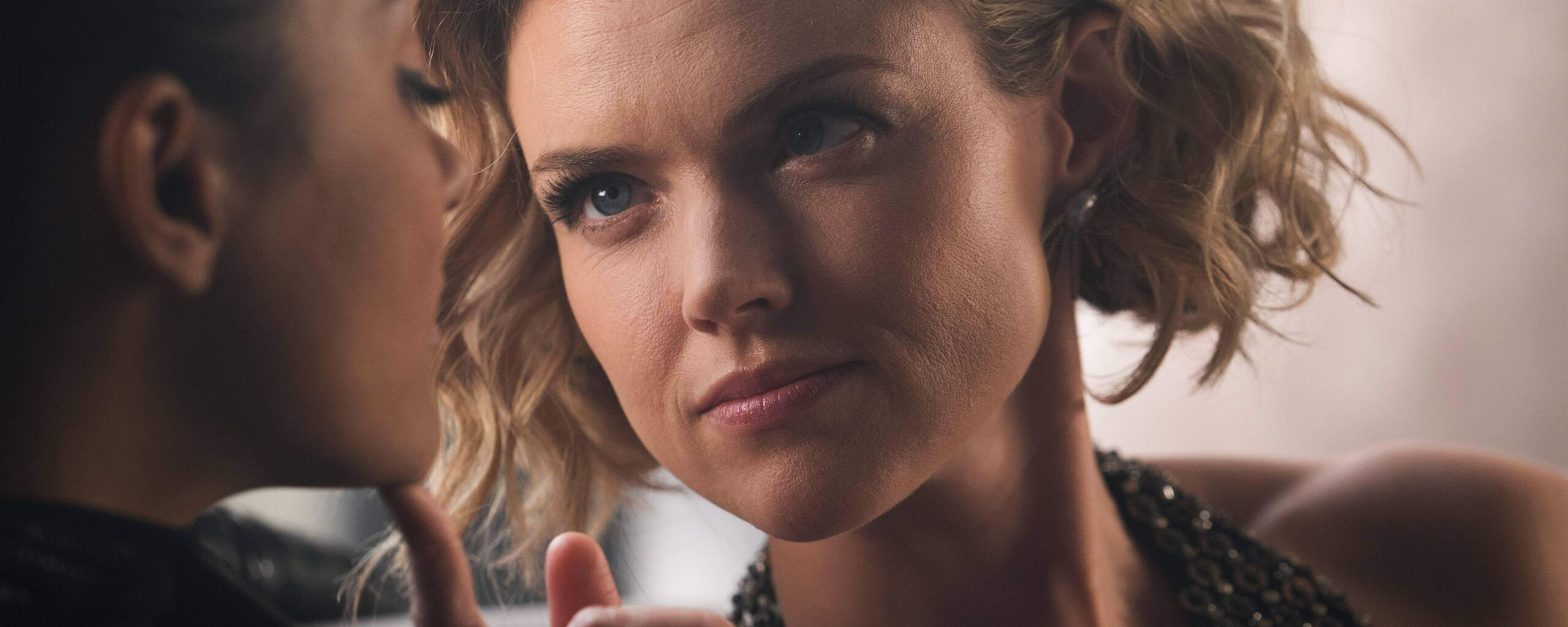 erin-richards-in-gotham-5k-dr.jpg