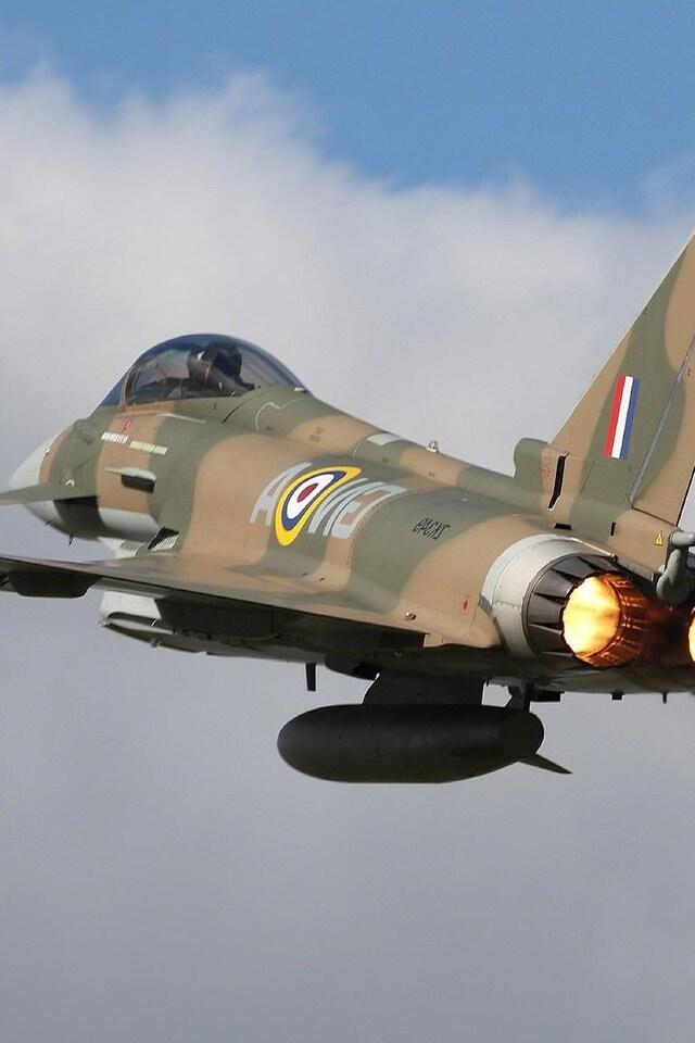 eurofighter-typhoon-jet-fighter-aircraft-warplane.jpg