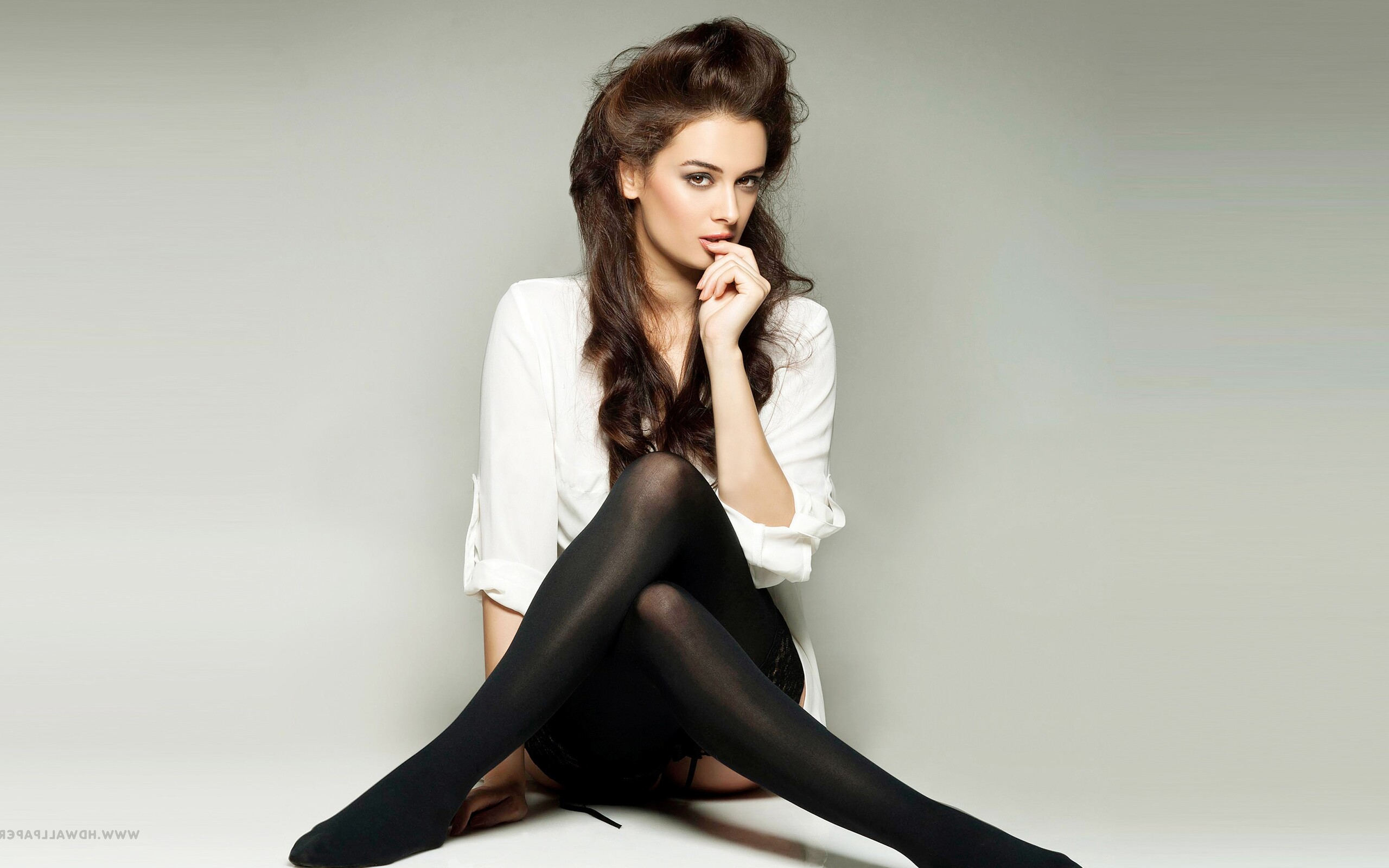 evelyn-sharma.jpg