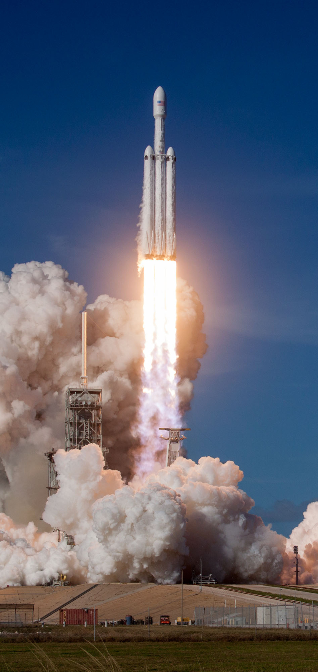 falcon-heavy-space-x-2018-bx.jpg