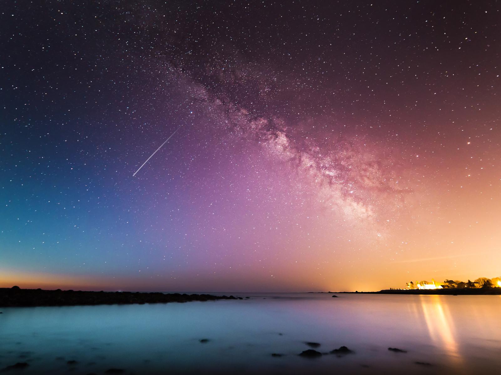 falling universe galaxy beautiful light leaks b1