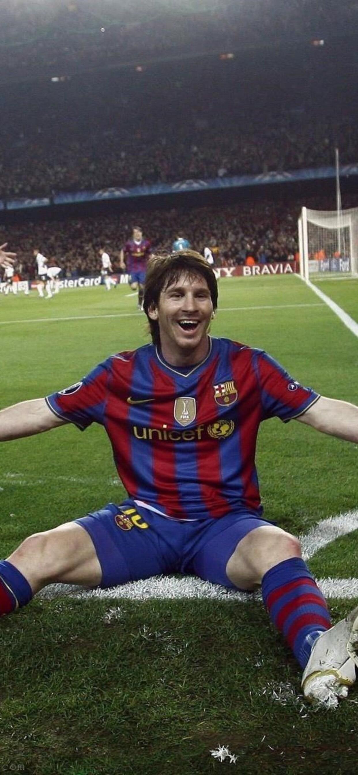 1242x2688 Fcb Leo Messi Iphone Xs Max Hd 4k Wallpapers Images