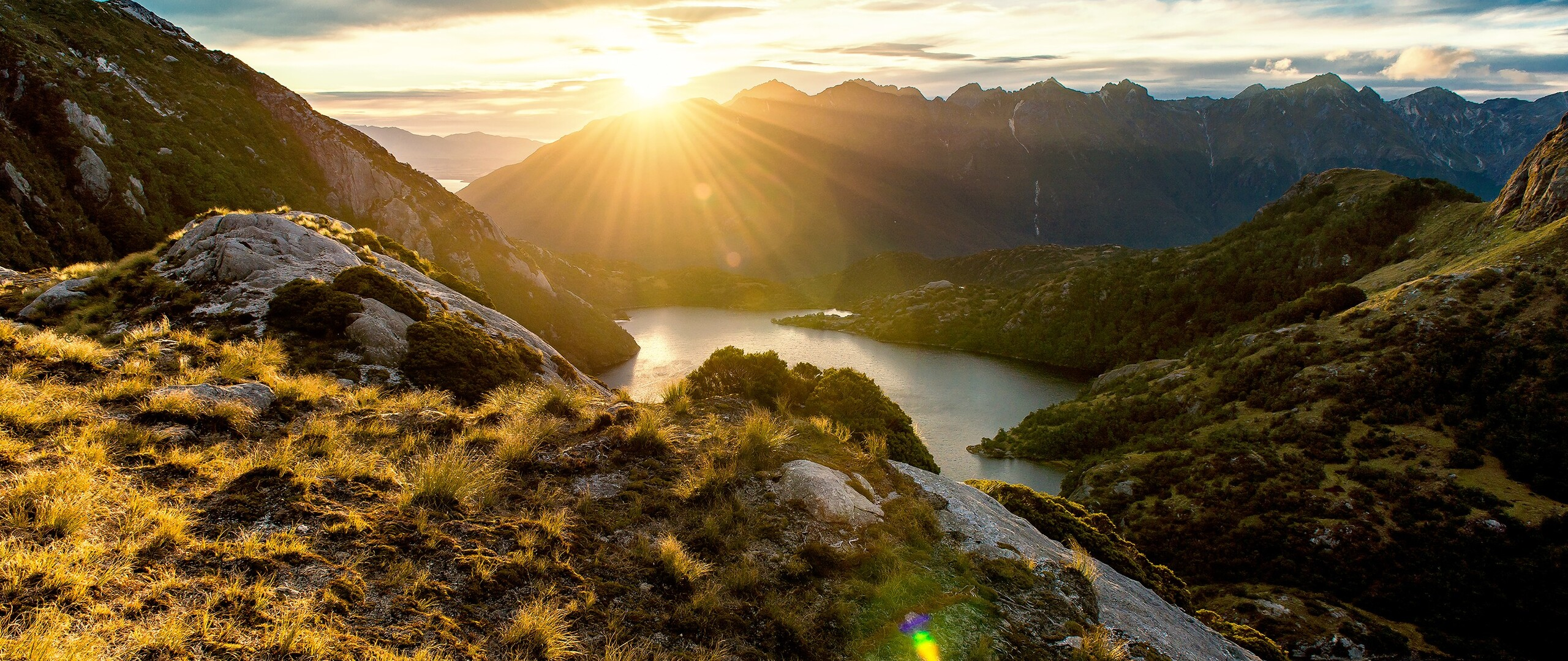 fiordland-mountain-sunrise.jpg