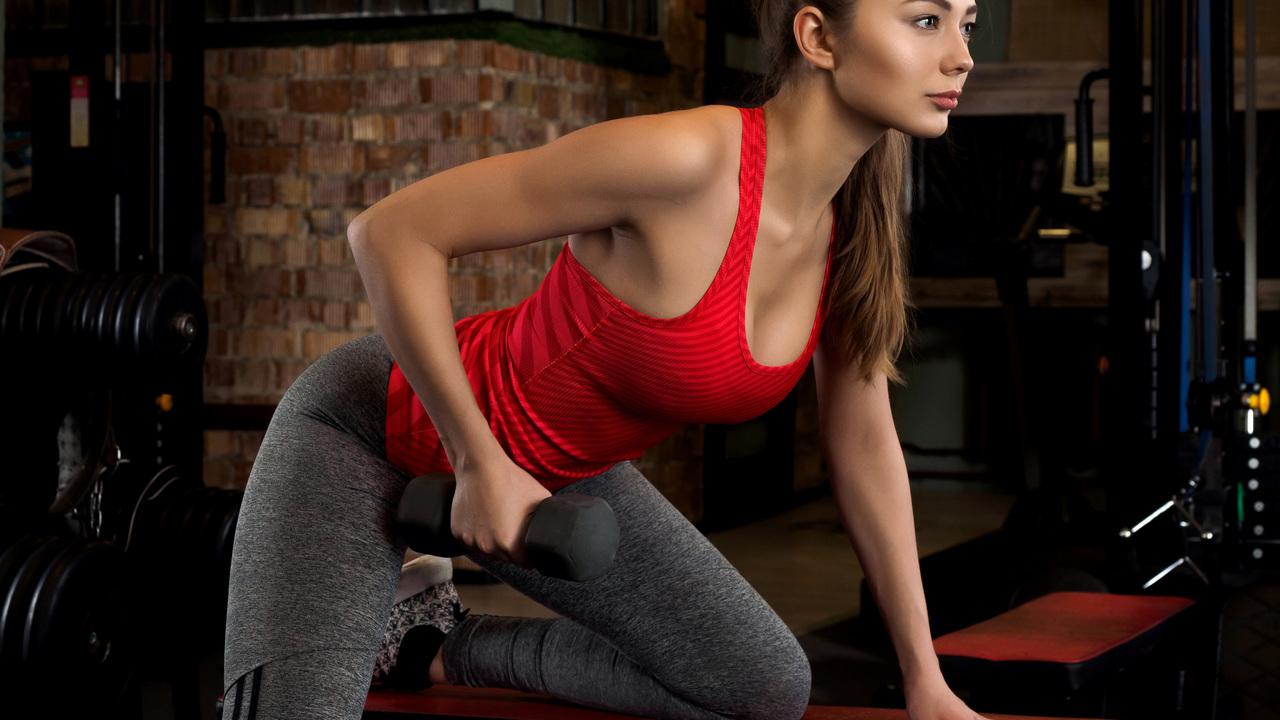 fitness-girl-doing-workout-5k-w6.jpg