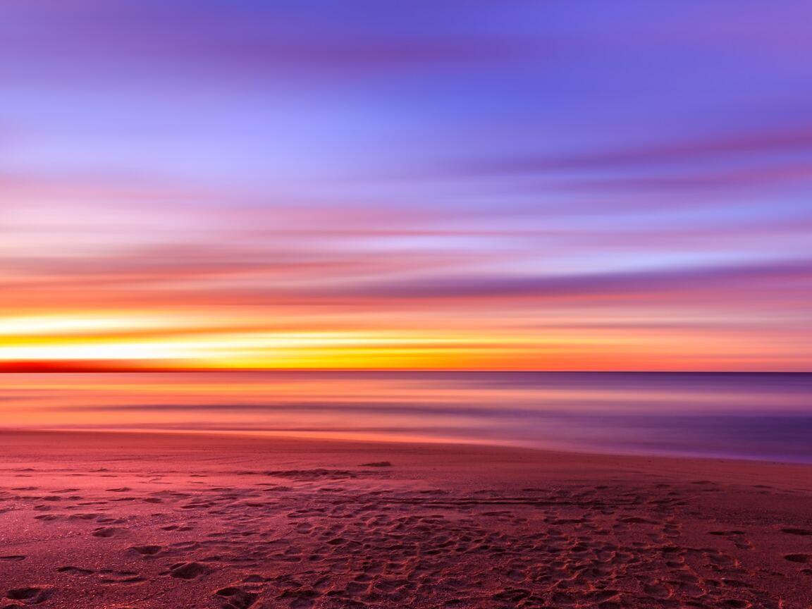 footsteps-at-beach-evening-sunset-gc.jpg