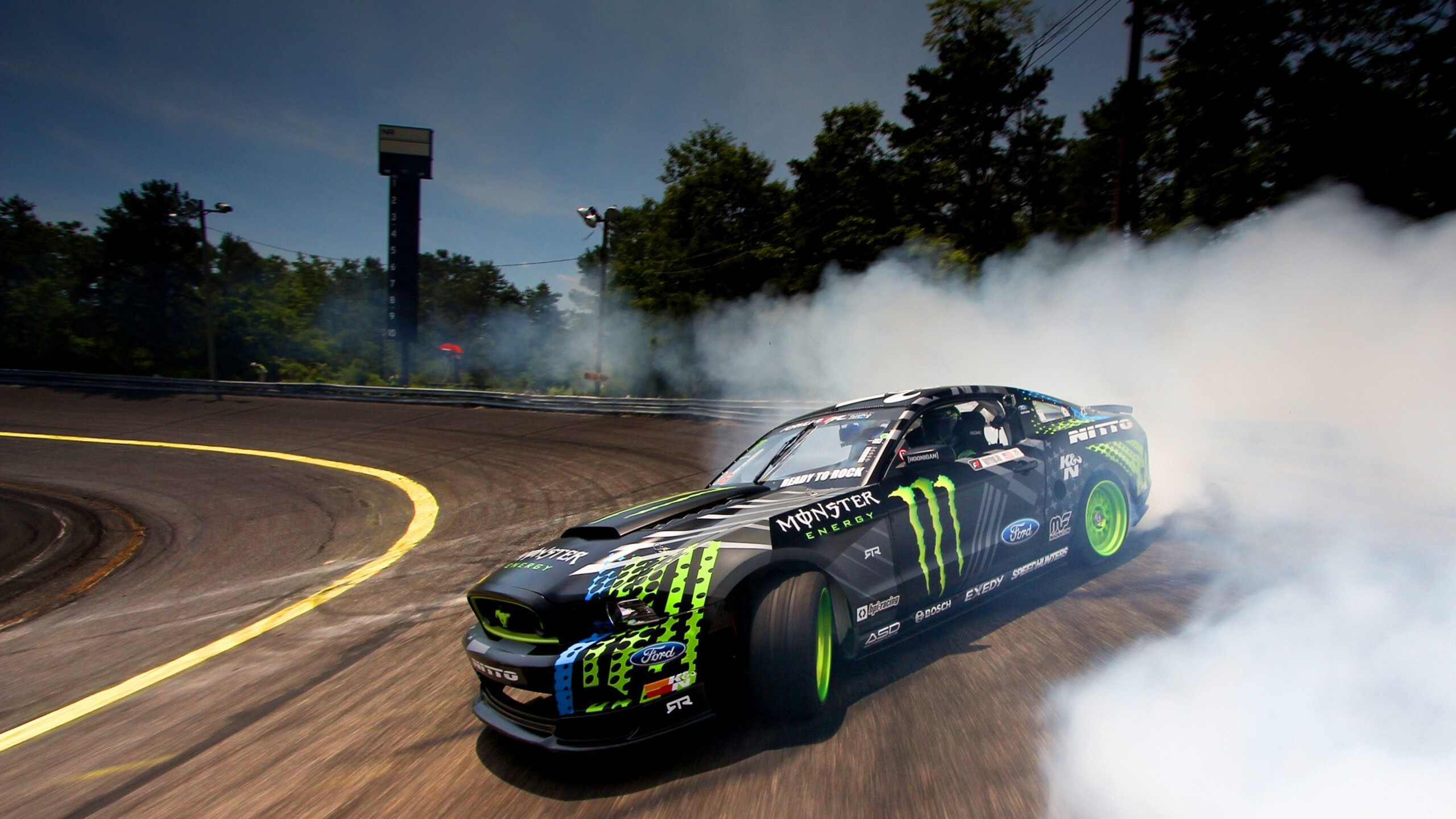 2560x1440 Ford Monster Drifting Smoke 1440P Resolution HD ...
