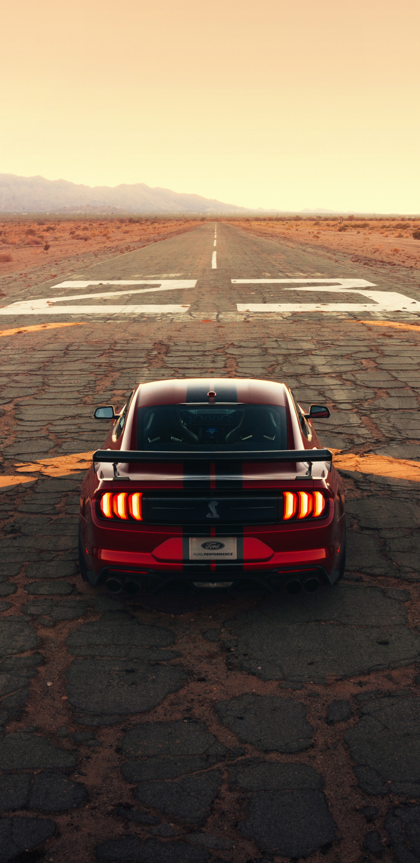 1440x2960 Ford Mustang Shelby Gt500 Drag 4k Samsung Galaxy ...