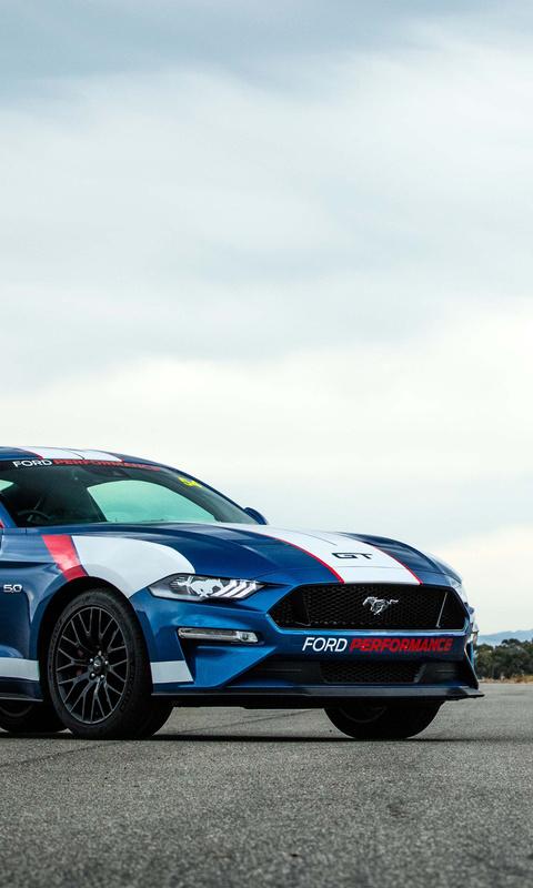 ford-ranger-ford-mustang-gt-fastback-c1.jpg