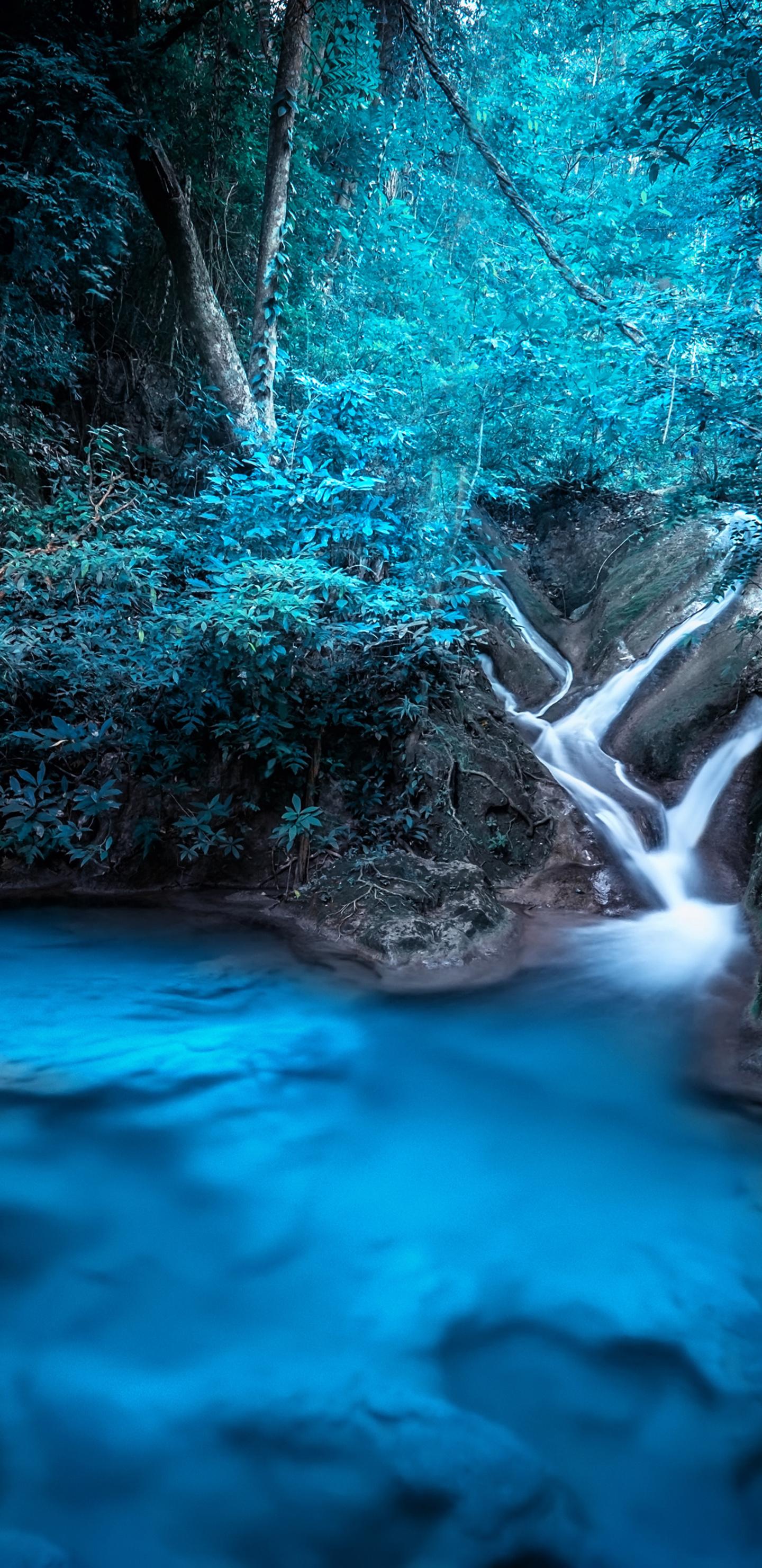 forest-dreamy-waterfall-4k-el.jpg