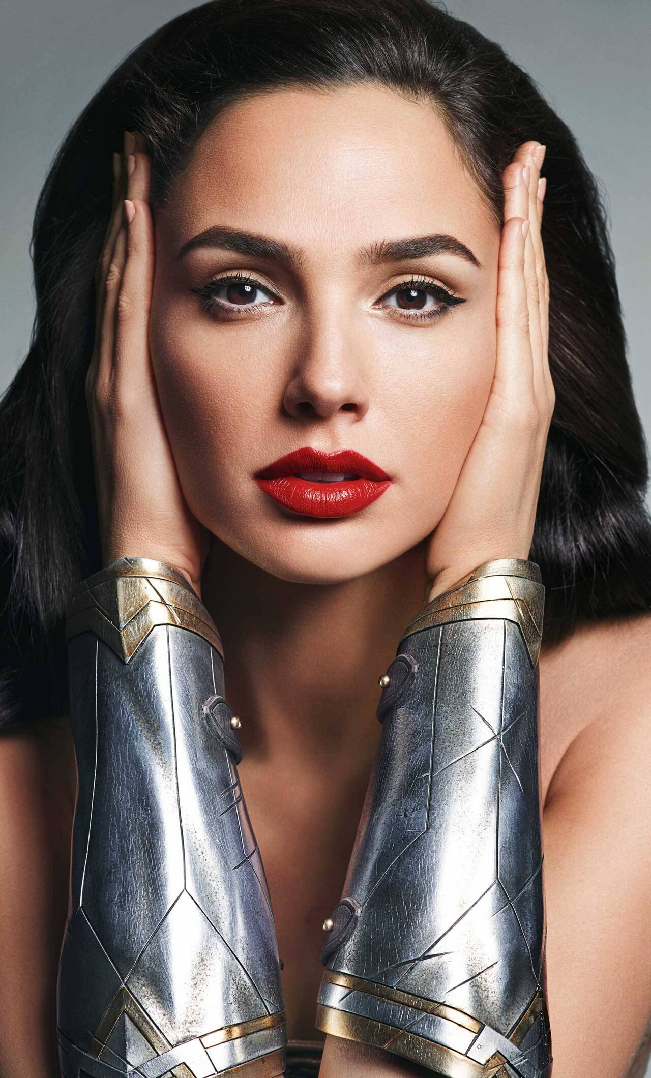 1280x2120 Gal Gadot As Wonder Woman New Iphone 6 Hd 4k Wallpapers