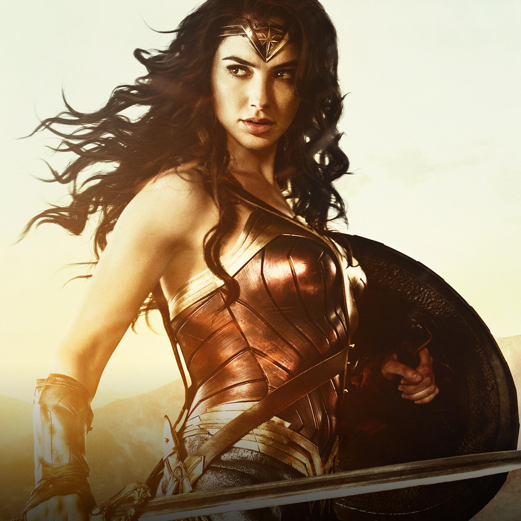 2048x2048 Gal Gadot Wonder Woman Hd Ipad Air Hd 4k Wallpapers