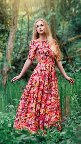 girl-beautiful-dress-4k-4t.jpg