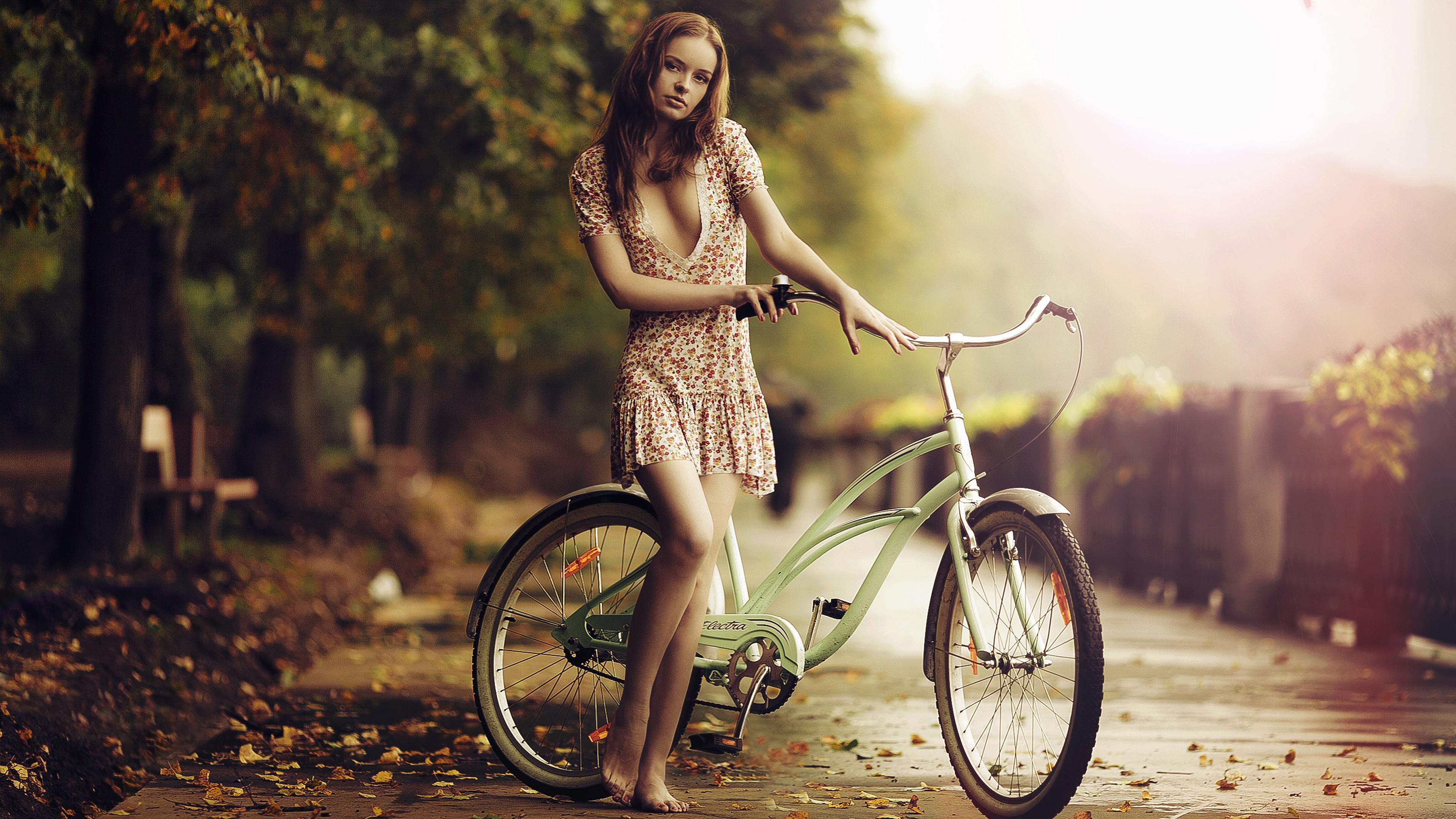 girl-bicycle-4k-36.jpg
