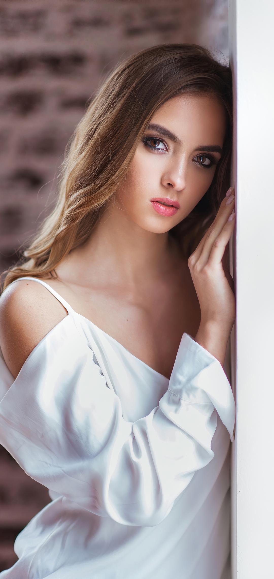 girl-closeup-portrait-4k-jw.jpg