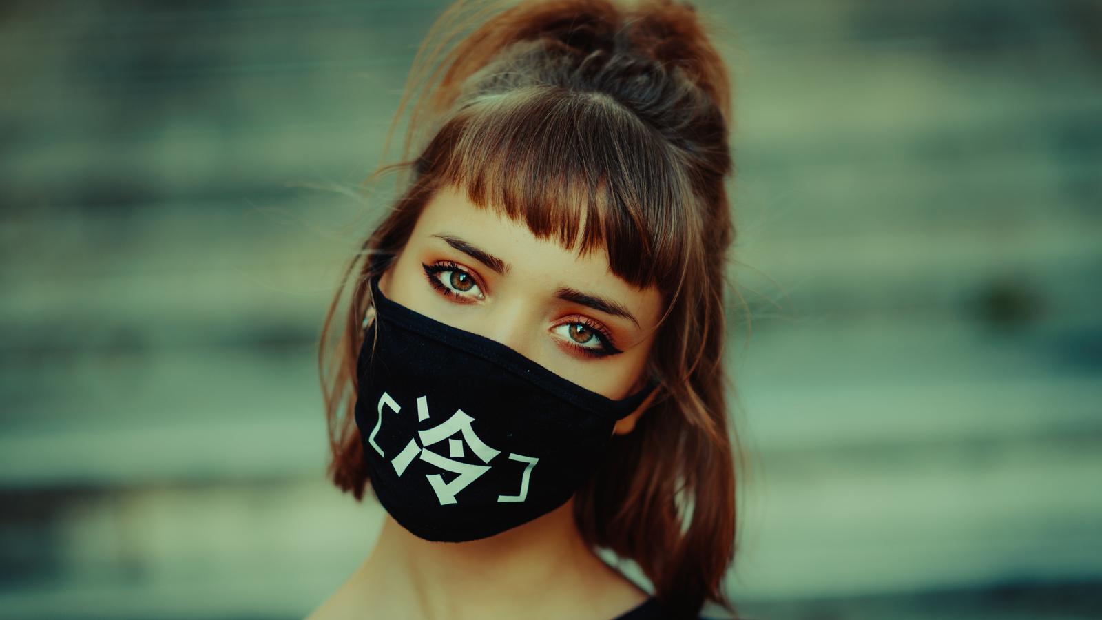 girl-face-mask-5k-yf.jpg