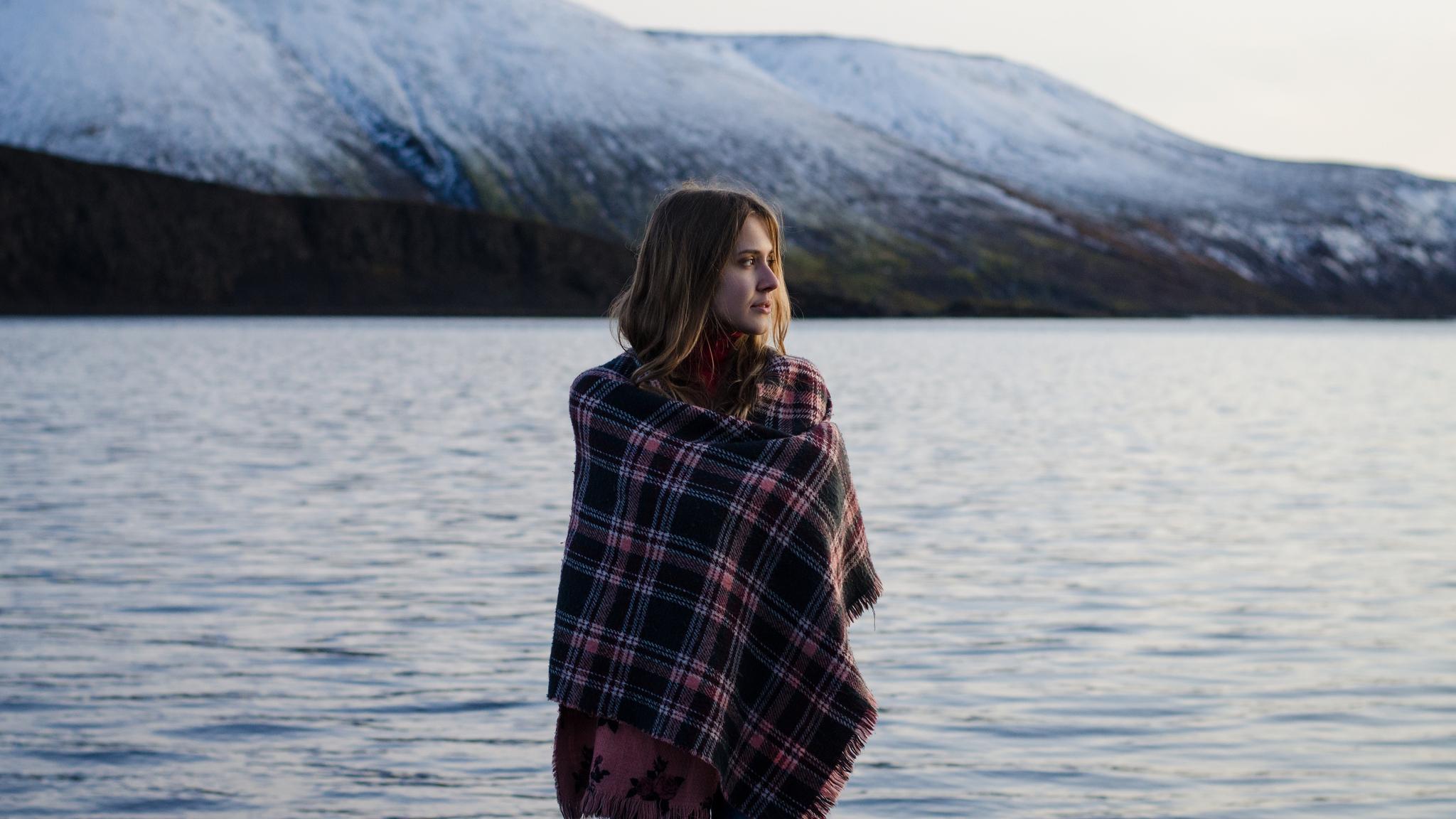 girl-lakeside-5k-vw.jpg