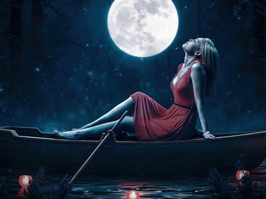 girl-relaxing-red-dress-boat-moon-5k-py.jpg