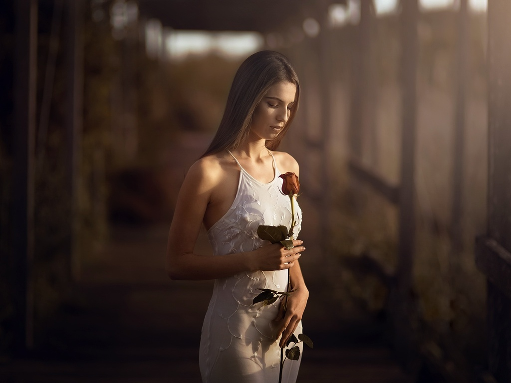 girl-with-rose-in-hand-10.jpg