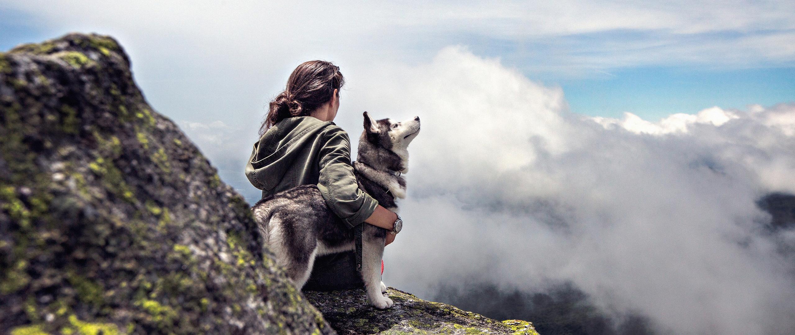 girl-with-siberian-husky-nx.jpg