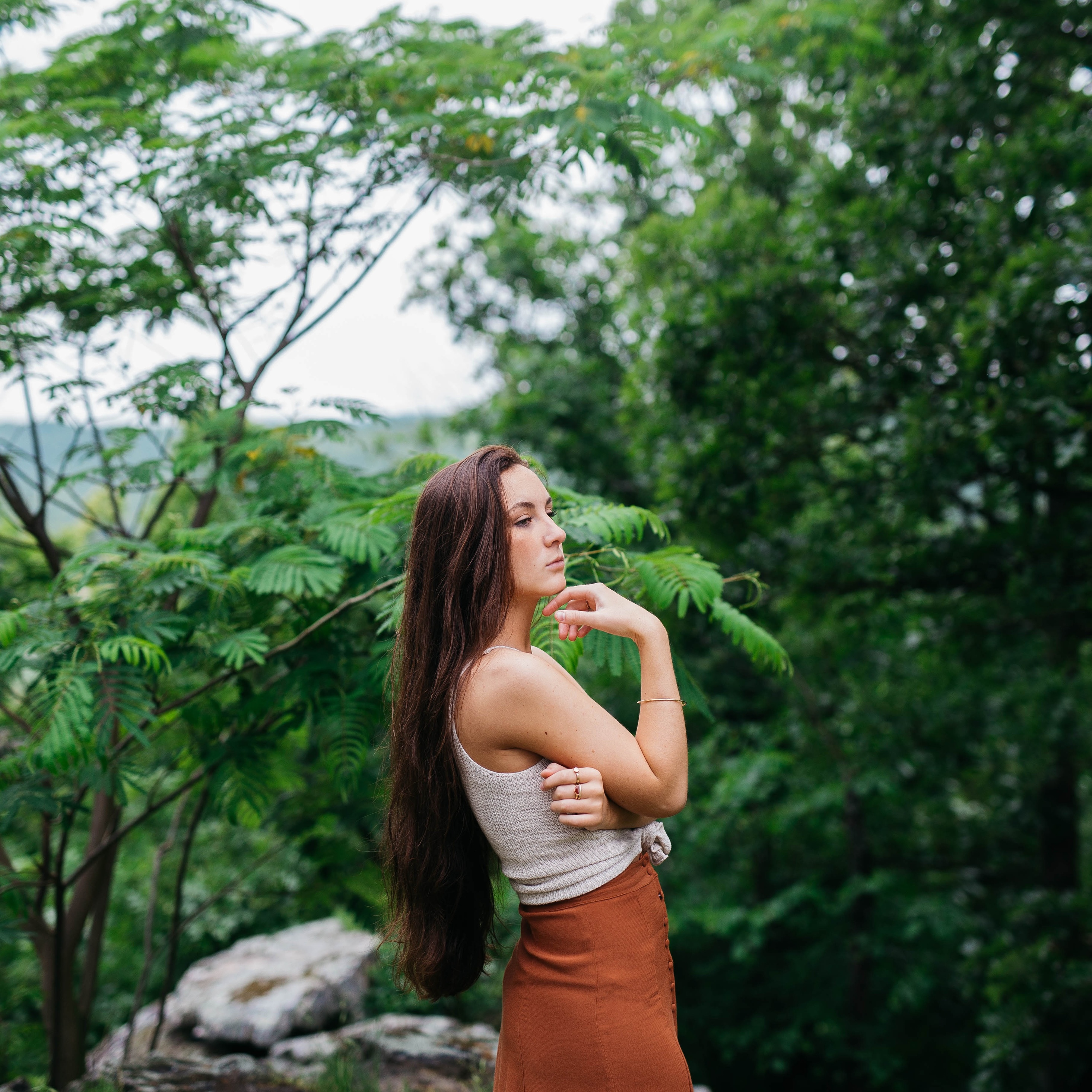 gorgeous-girl-in-forest-m8.jpg