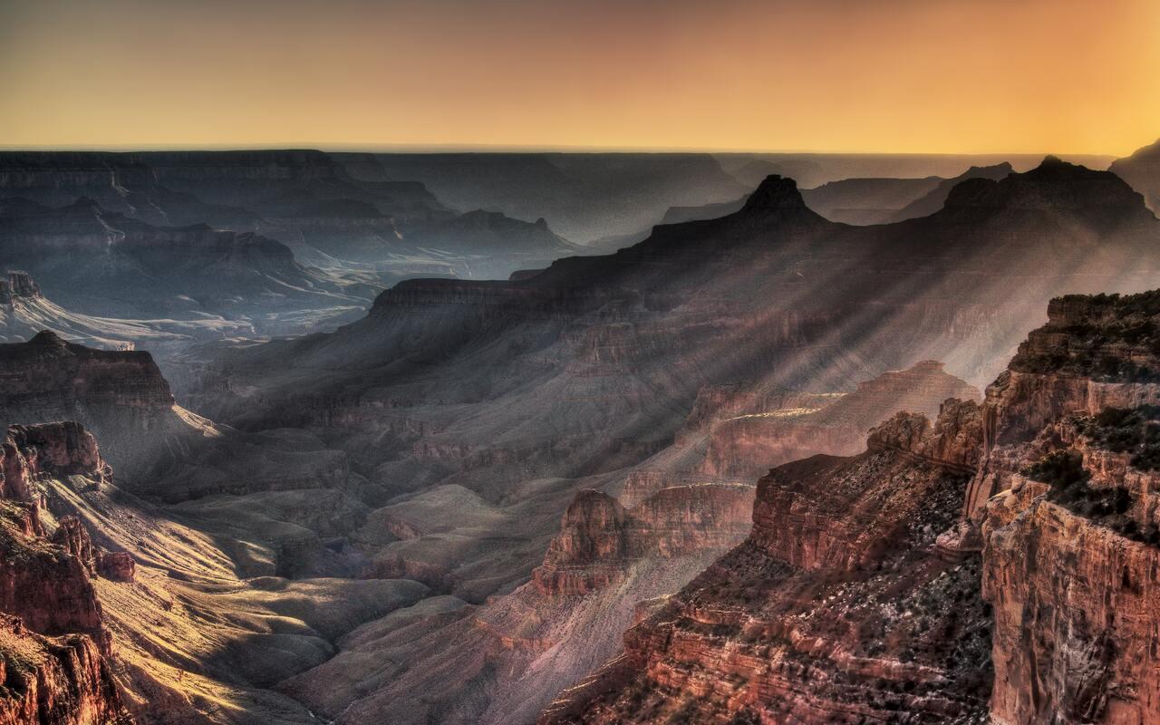 grand-canyon-golden-hour-5k-9r.jpg