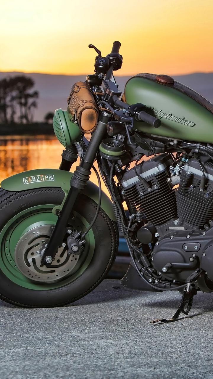 green-harley-davidson-4k-m8.jpg