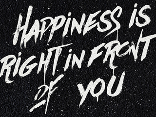 happiness-is-right-in-front-of-you-4k-r3.jpg