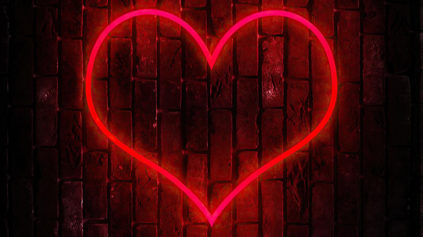 heart-on-tile-wall-hd-rl.jpg