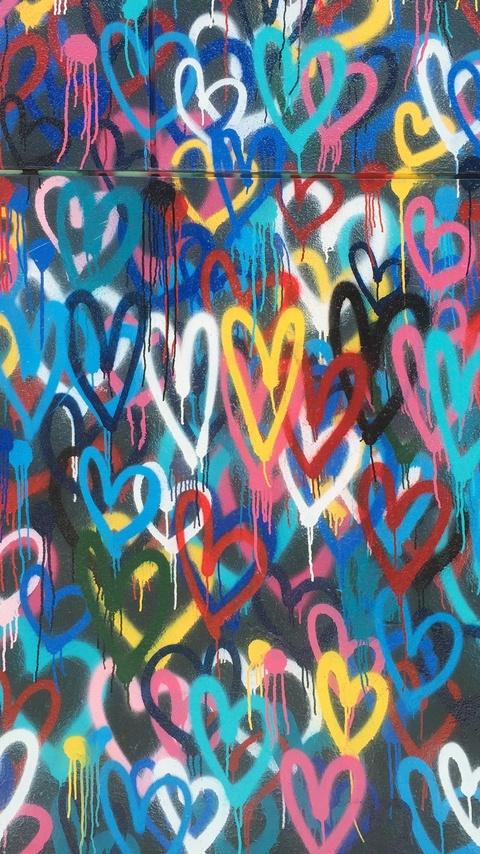 heart-painted-wall-4k-d4.jpg