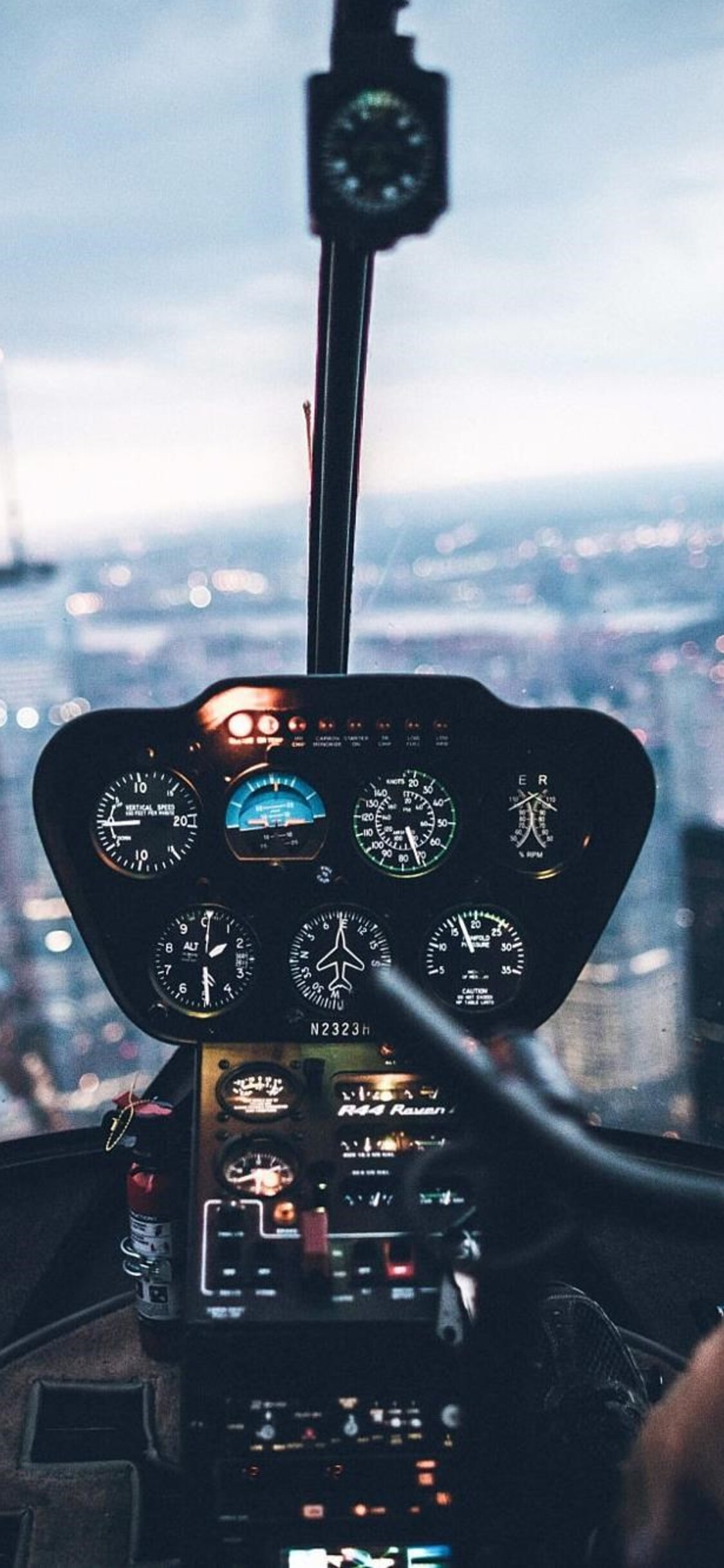 1125x2436 Helicopter Inside View Iphone Xs Iphone 10 Iphone X Hd 4k