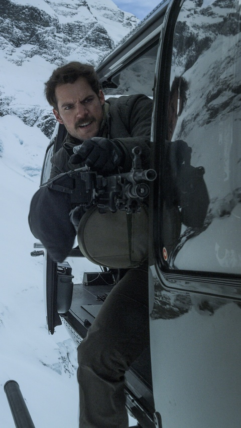 henry-cavill-with-big-gun-in-mission-impossible-fallout-2018-8k-he.jpg