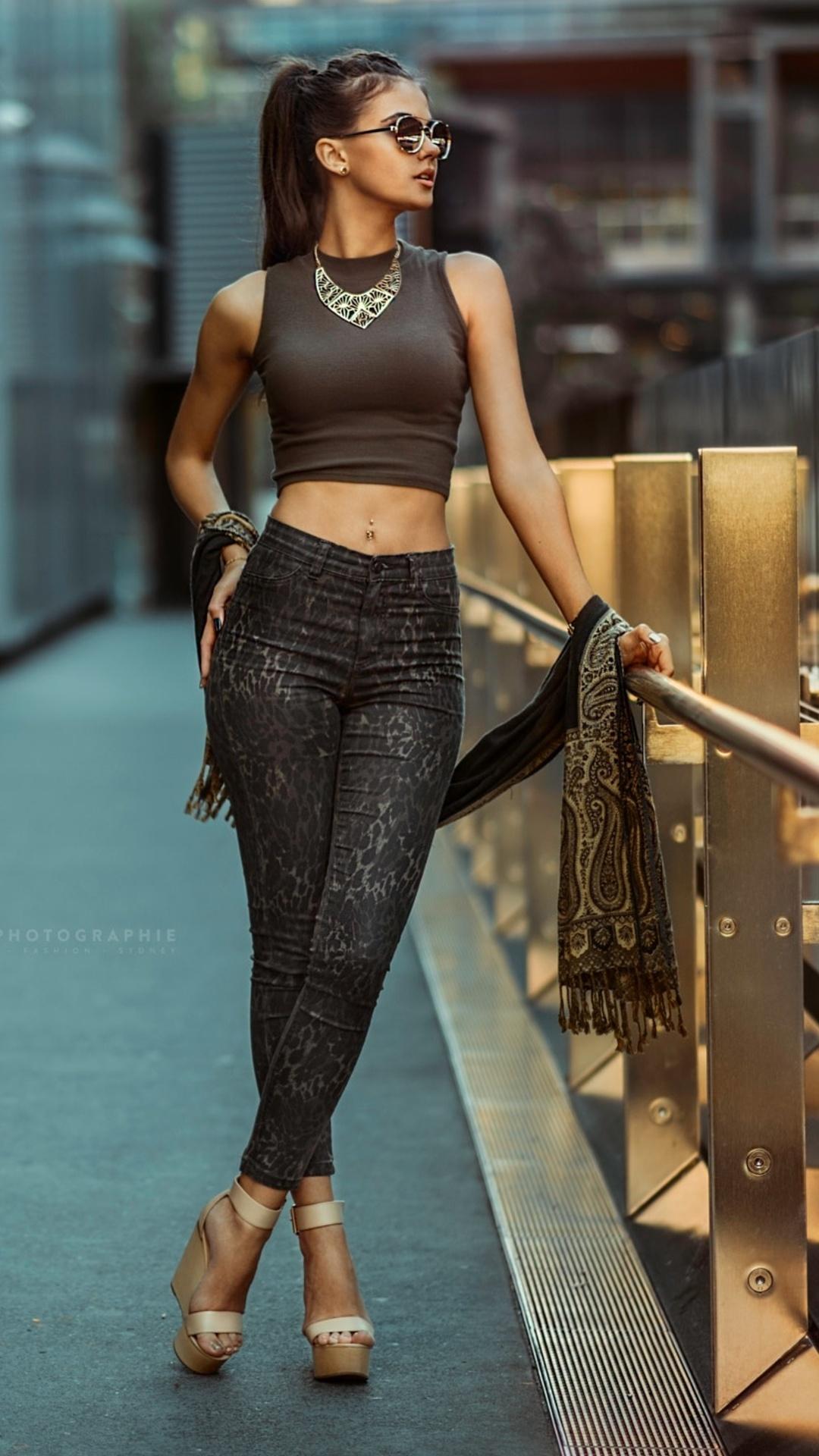 high-heels-urban-women-outdoors-kd.jpg