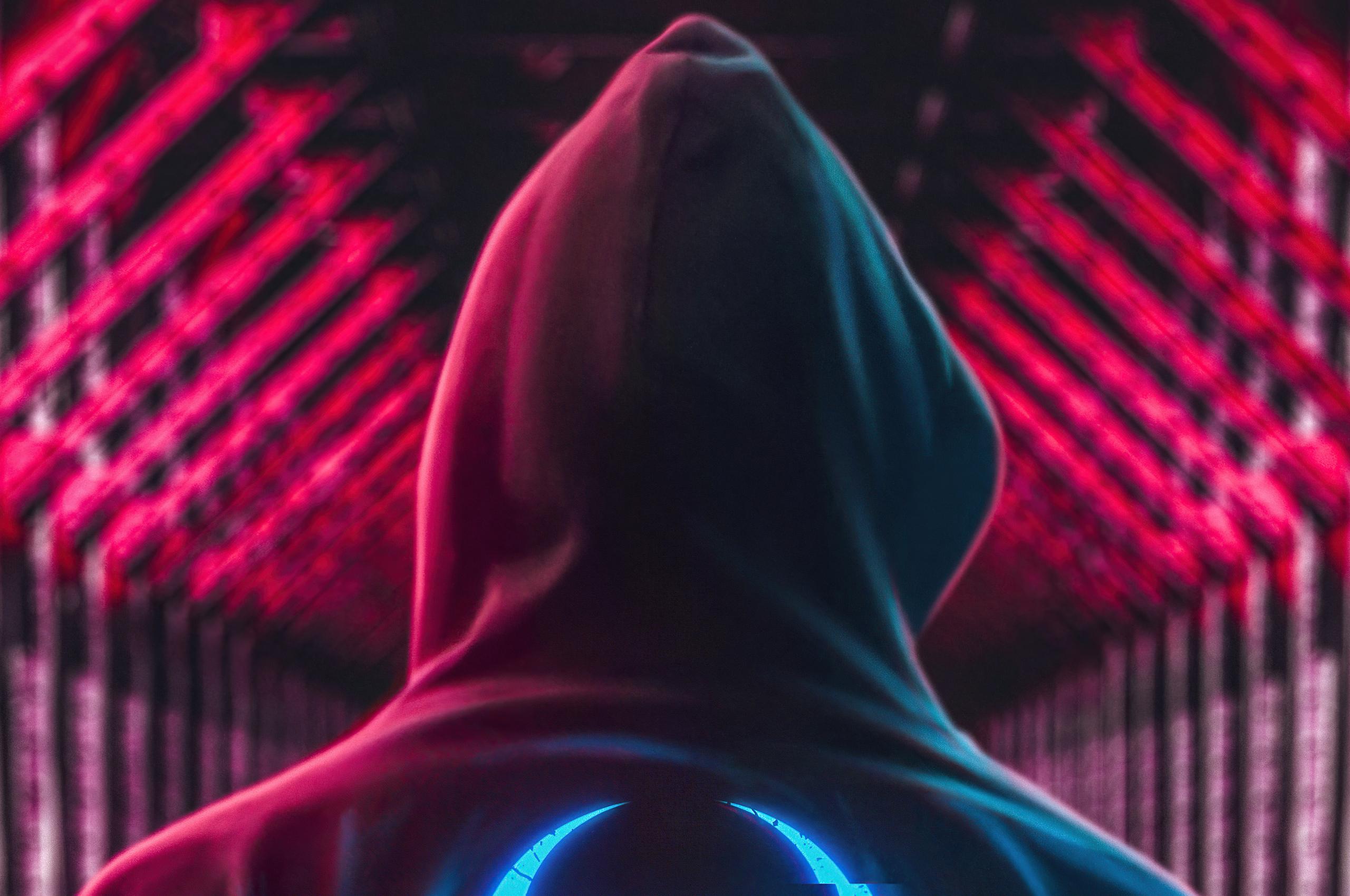 hoodie-boy-back-standing-5k-8c.jpg