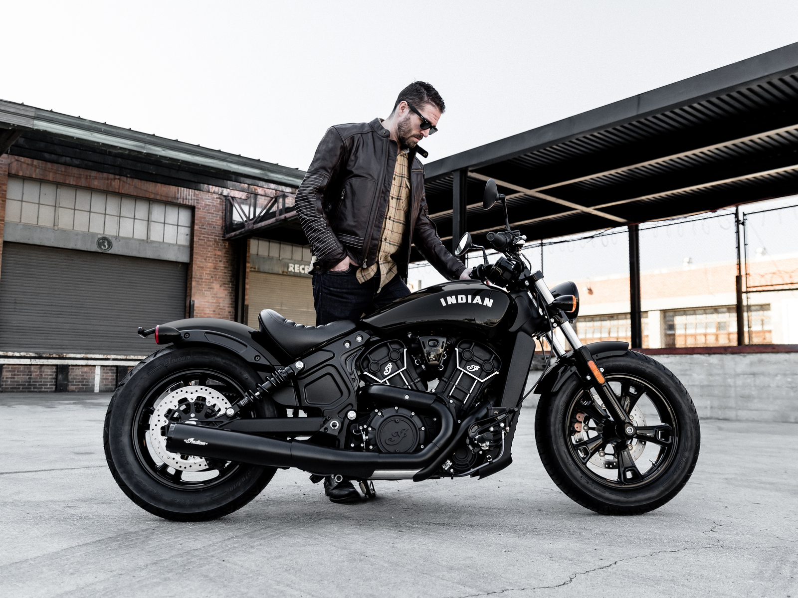 indian-scout-bobber-sixty-2020-0m.jpg