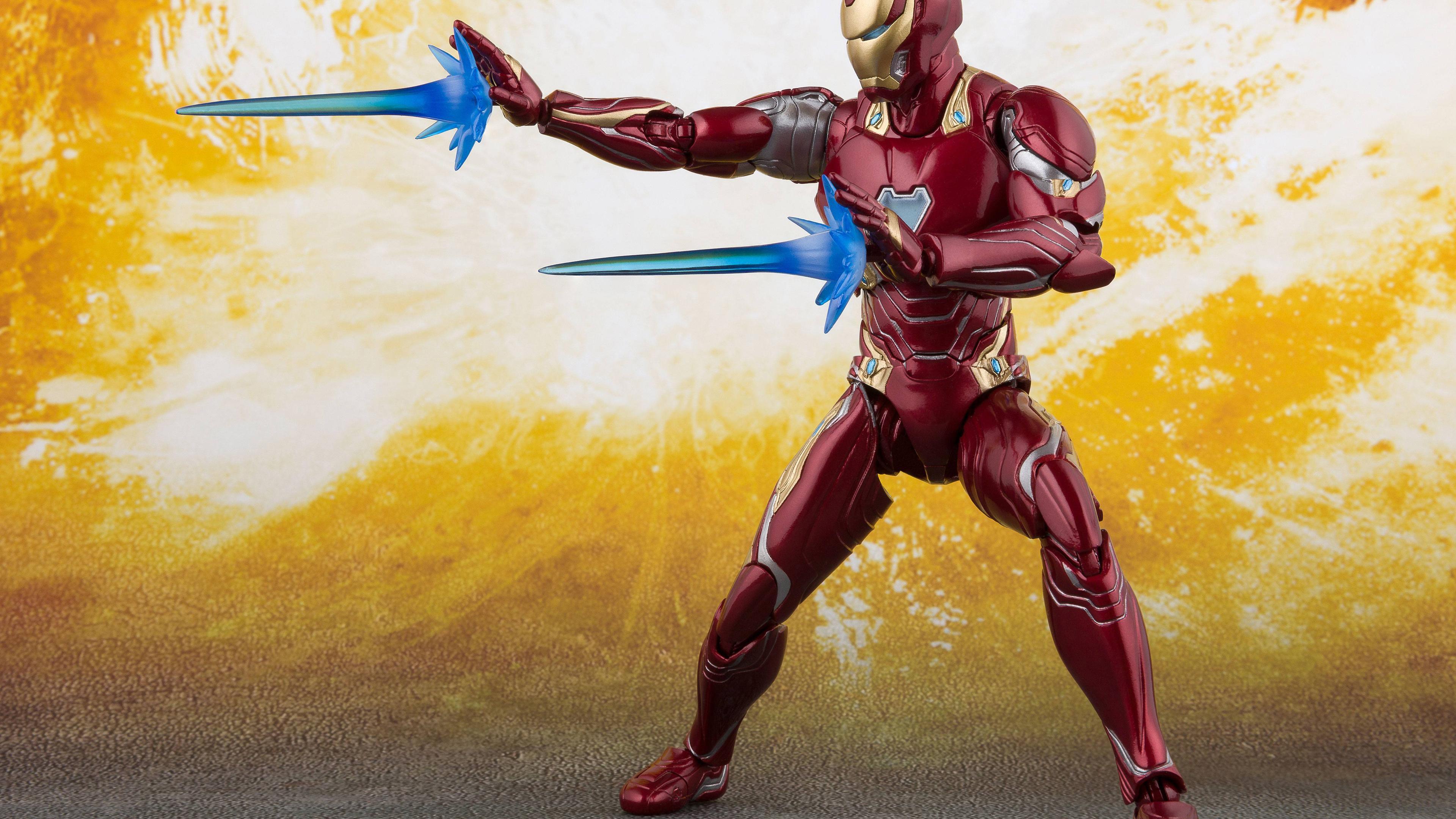 iron-man-action-figure-5k-ml.jpg