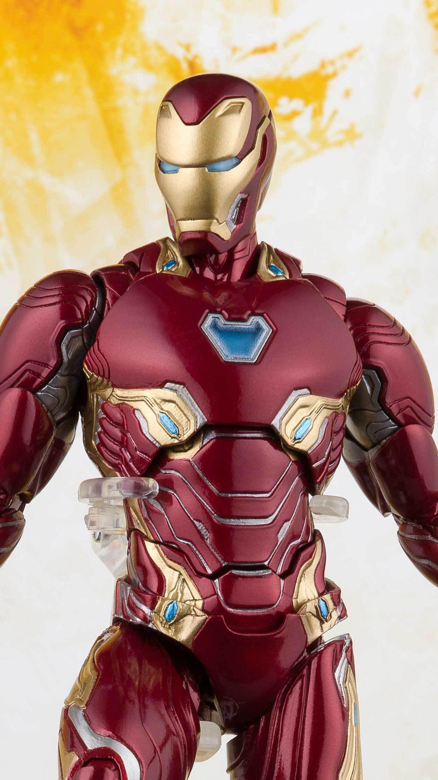 iron-man-avengers-infinity-war-toy-13.jpg