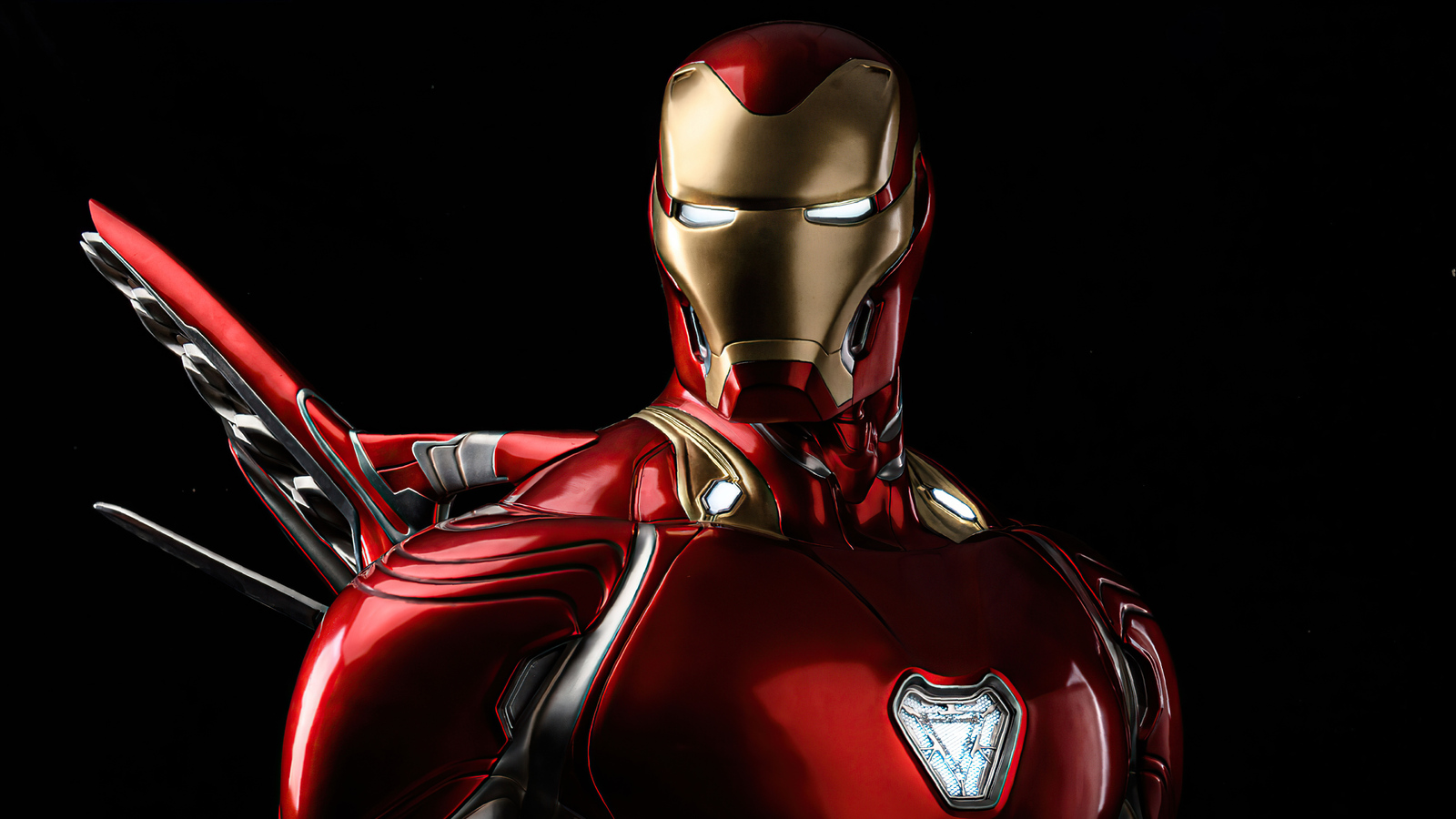 iron-man-glowing-eyes-4k-mi.jpg